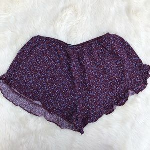 Brandy Melville Shorts - Brandy Melville Floral Vodi Shorts